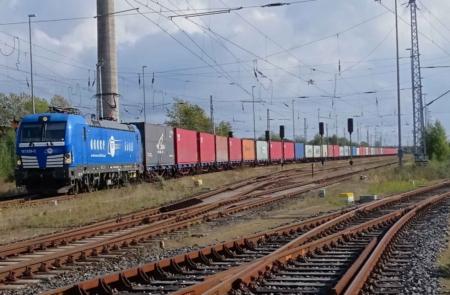 Containerzuglinie zwischen Mukran und Rotterdam
